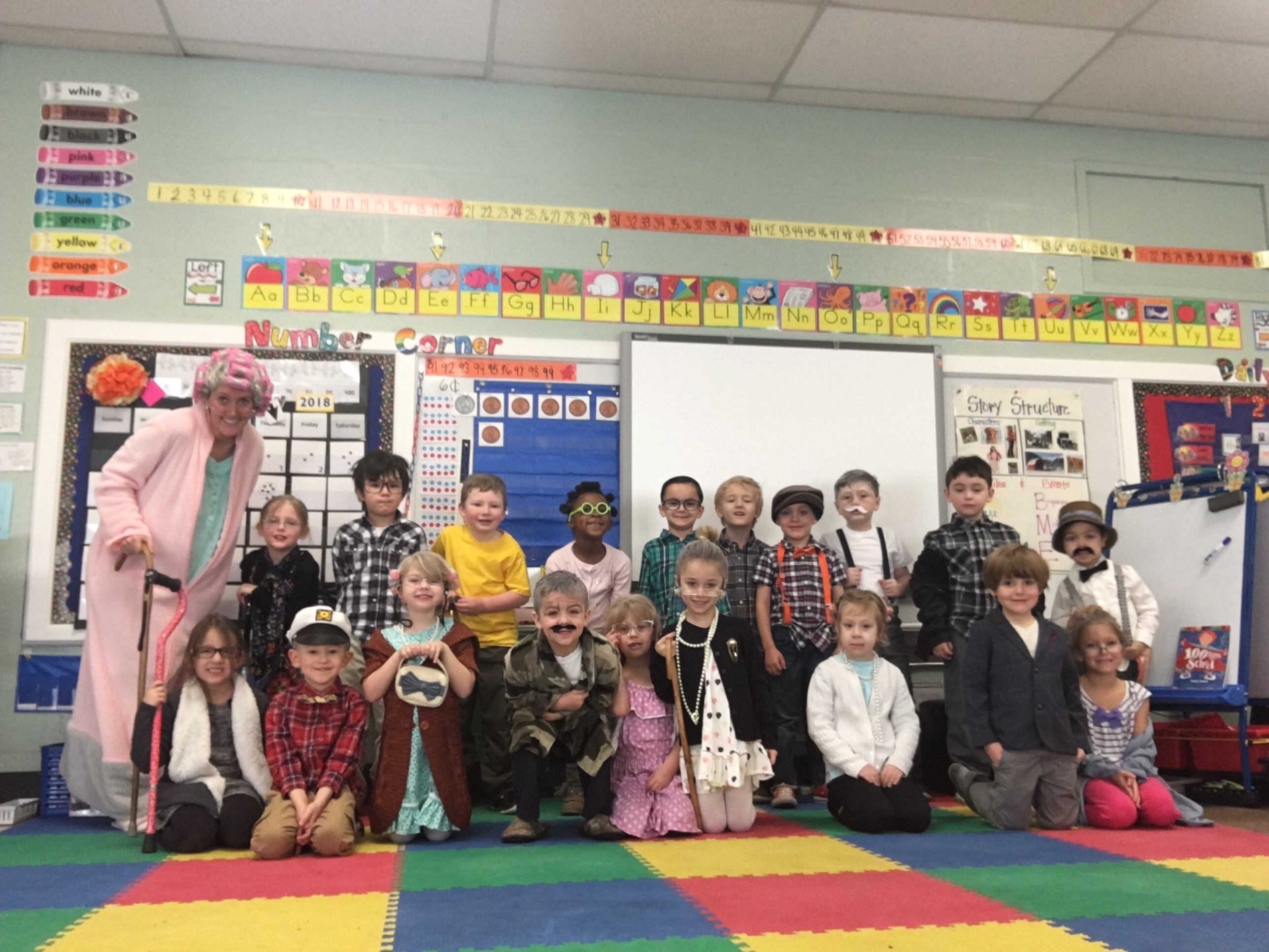 Kindergartners Celebrate 100th Day!